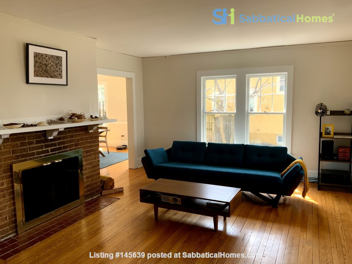 Quiet house next to Cascadilla Gorge, 5 minutes walk to Cornell Campus Home Rental in Ithaca, New York, United States 1