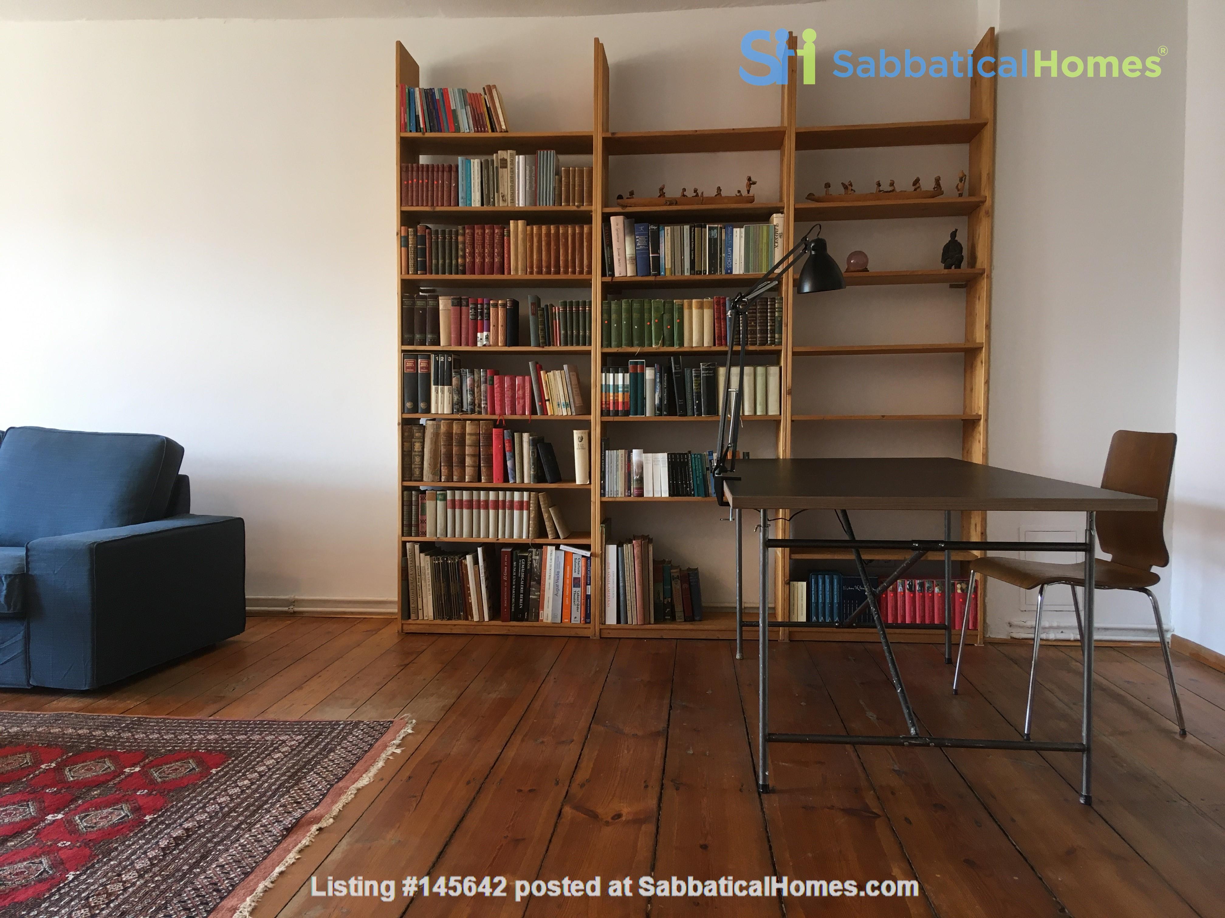 Beautiful, spacious flat, near Kollwitzplatz Home Rental in Berlin, Berlin, Germany 2