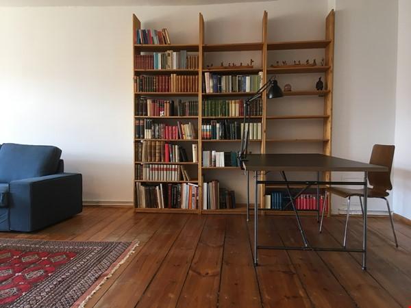 Beautiful, spacious flat, near Kollwitzplatz Home Rental in Berlin 2 - thumbnail