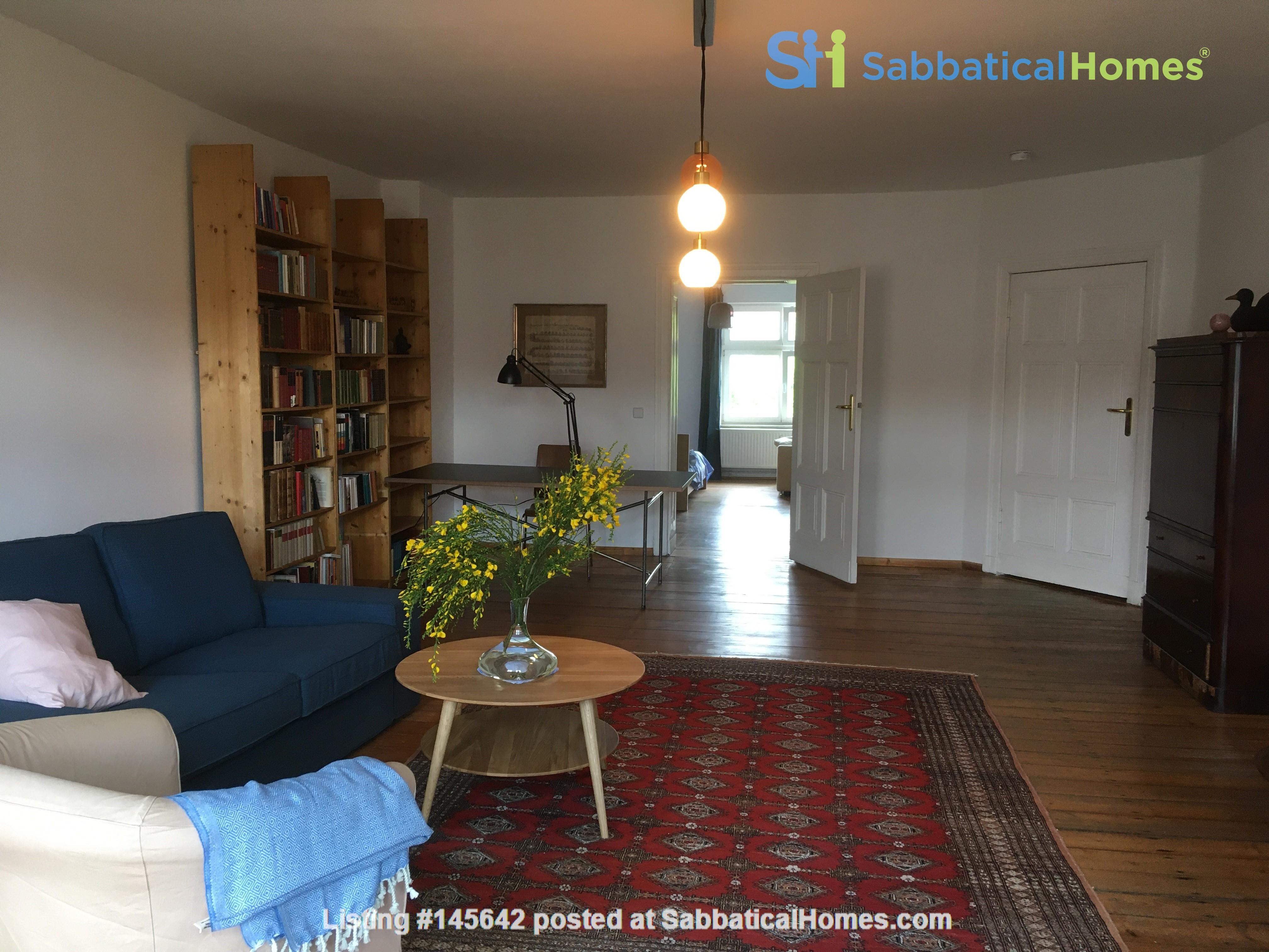 Beautiful, spacious flat, near Kollwitzplatz Home Rental in Berlin, Berlin, Germany 3