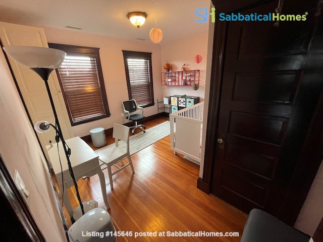 Renovated home close to Tufts & Harvard Home Rental in Somerville, Massachusetts, United States 3