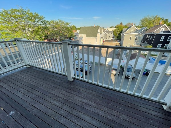 Renovated home close to Tufts & Harvard Home Rental in Somerville 9 - thumbnail