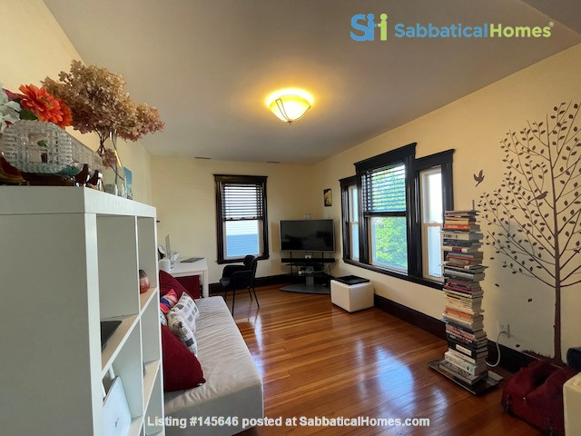 Renovated home close to Tufts & Harvard Home Rental in Somerville, Massachusetts, United States 1