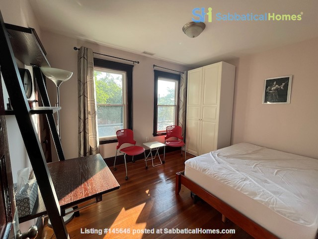 Renovated home close to Tufts & Harvard Home Rental in Somerville, Massachusetts, United States 2