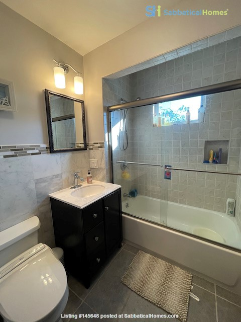 Renovated home close to Tufts & Harvard Home Rental in Somerville, Massachusetts, United States 4