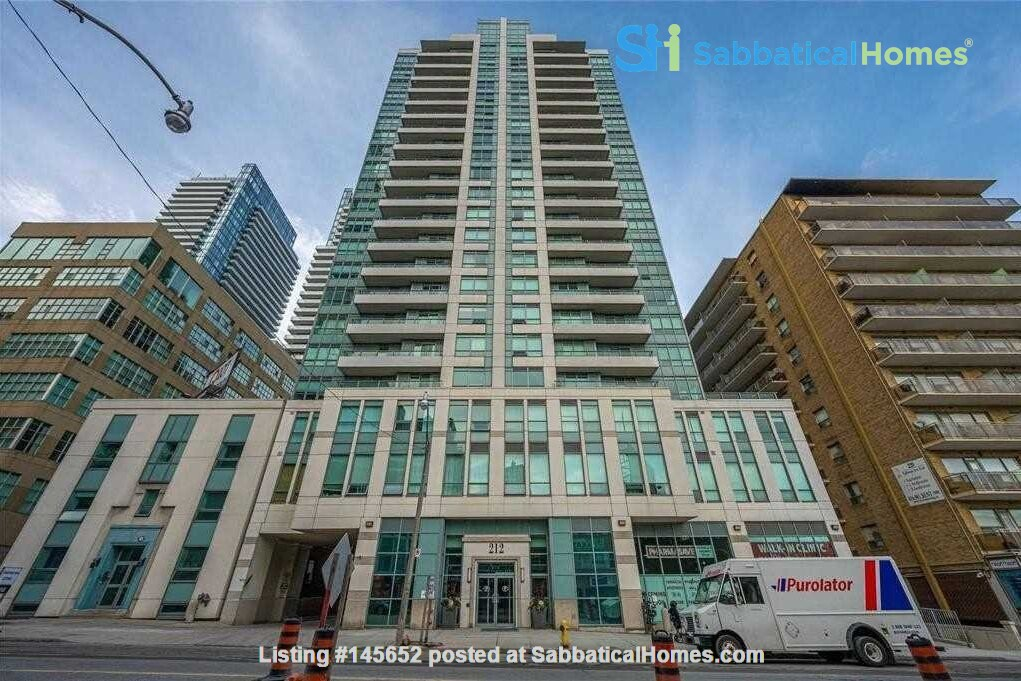 Looking for a dog friendly apartment in New York Home Exchange in Toronto, Ontario, Canada 8