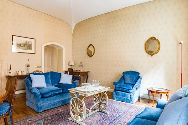 EMMA SPAGNA APARTMENT Home Rental in Roma 0 - thumbnail