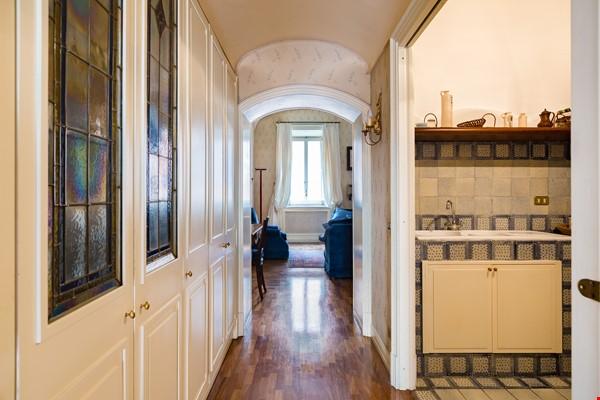 EMMA SPAGNA APARTMENT Home Rental in Roma 2 - thumbnail