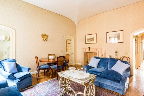 EMMA SPAGNA APARTMENT Home Rental in Roma 6 - thumbnail