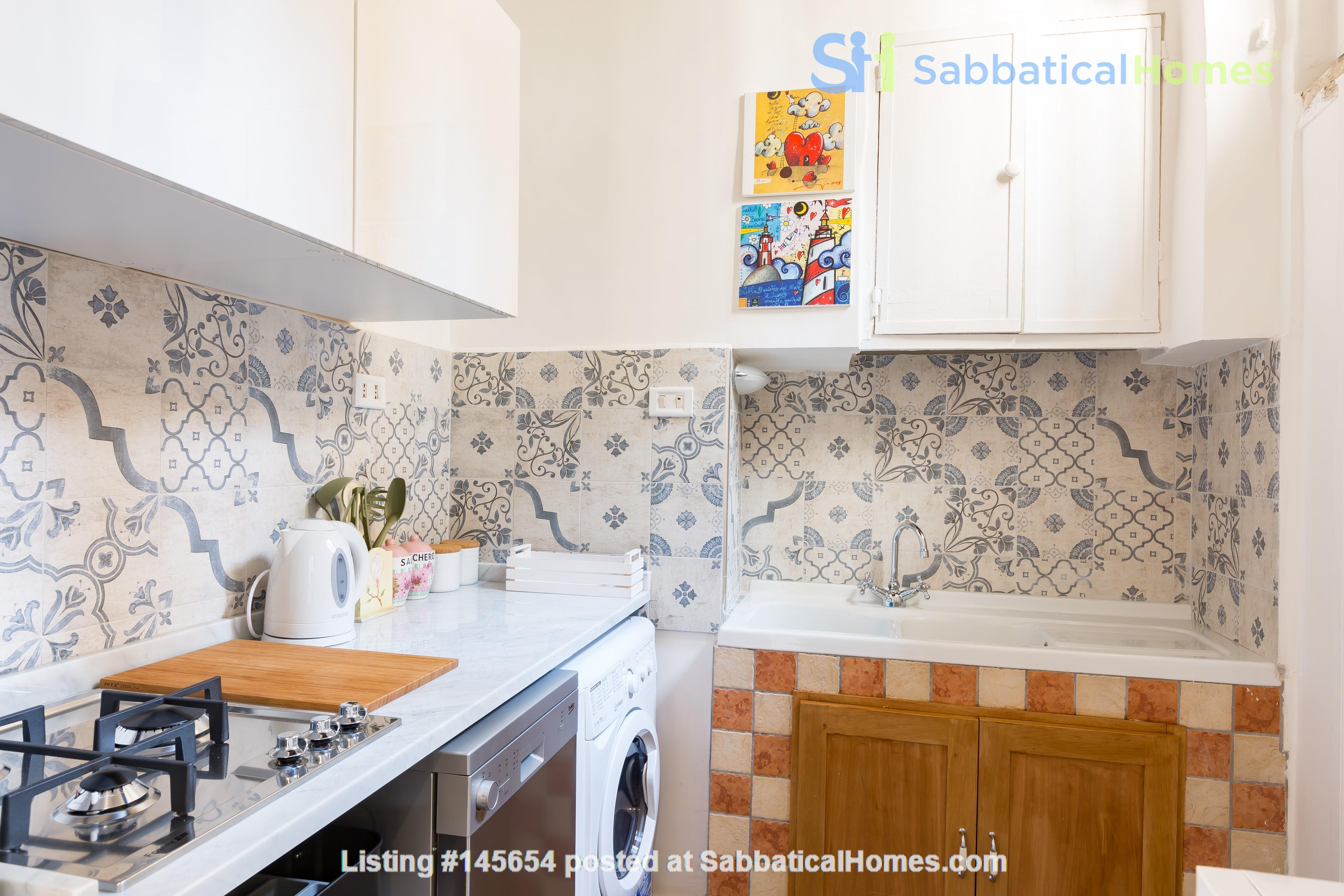 SARA CAMPO DEI FIORI APARTMENT Home Rental in Roma, Lazio, Italy 3