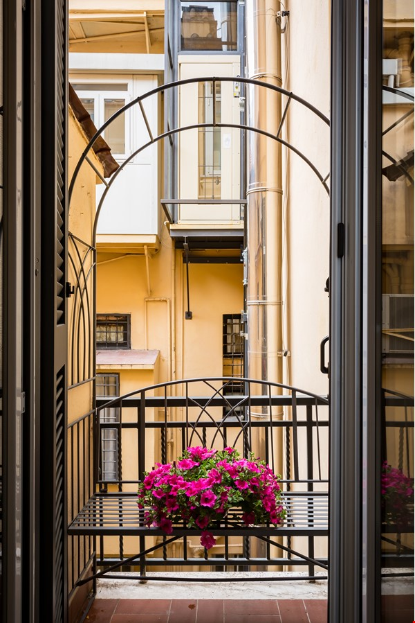 SARA CAMPO DEI FIORI APARTMENT Home Rental in Roma 9 - thumbnail