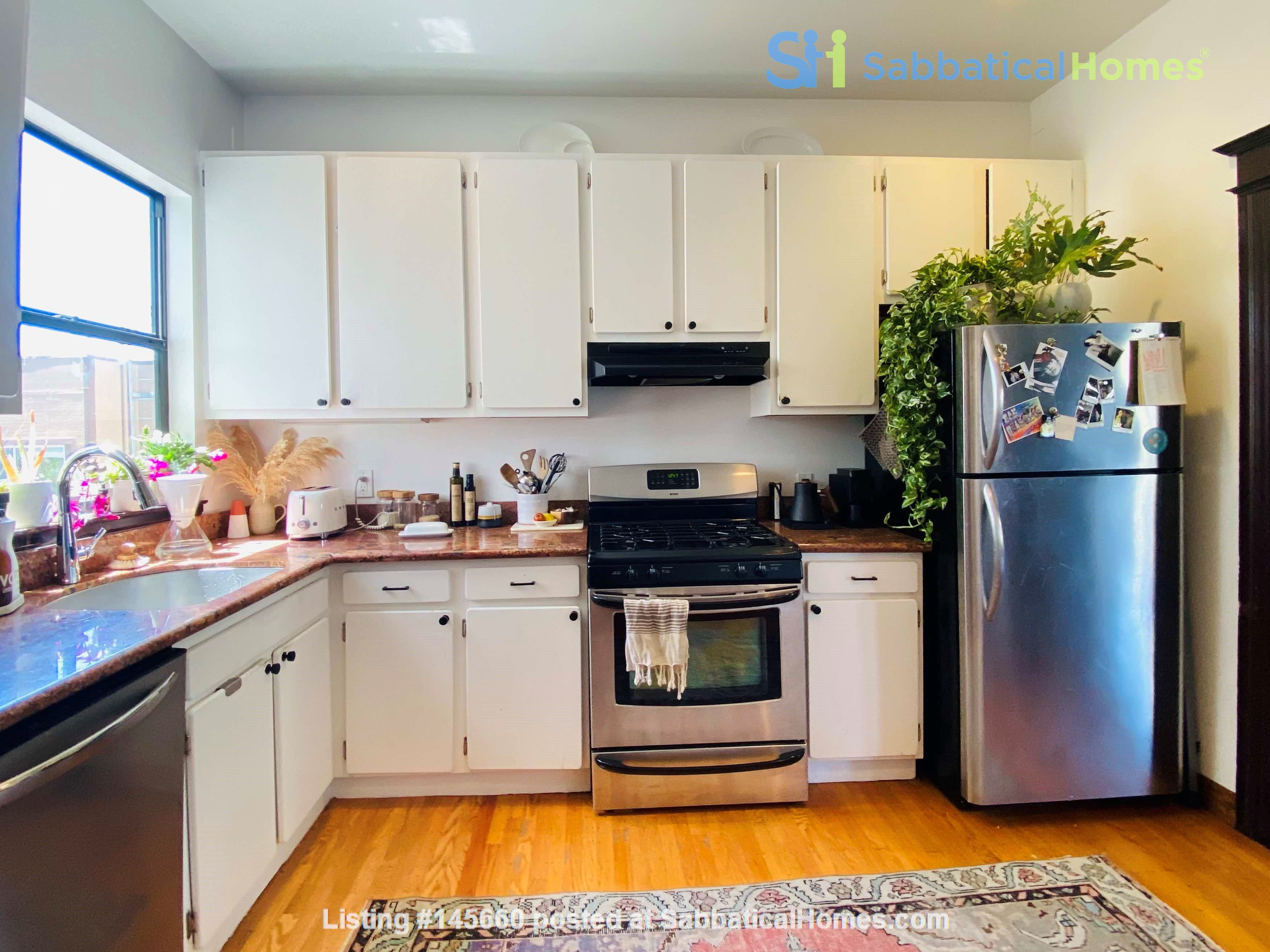 Room in Beautiful Lower Haight Victorian Home Rental in San Francisco, California, United States 5