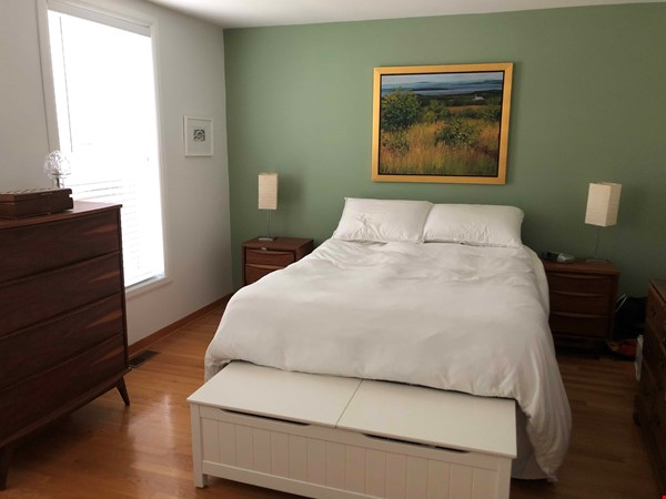 Beautiful fully furnished 2 BR in Vieux-Rosemont Home Rental in Montréal 2 - thumbnail