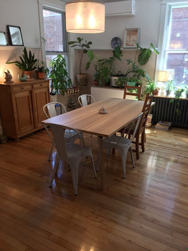2 bedrooms in beautiful family home centrally located in Plateau Montreal Home Rental in Montreal 1 - thumbnail
