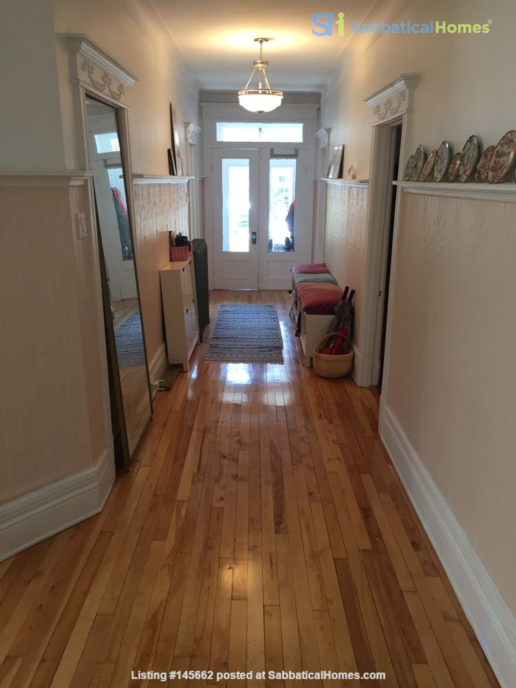 2 bedrooms in beautiful family home centrally located in Plateau Montreal Home Rental in Montreal, Quebec, Canada 0