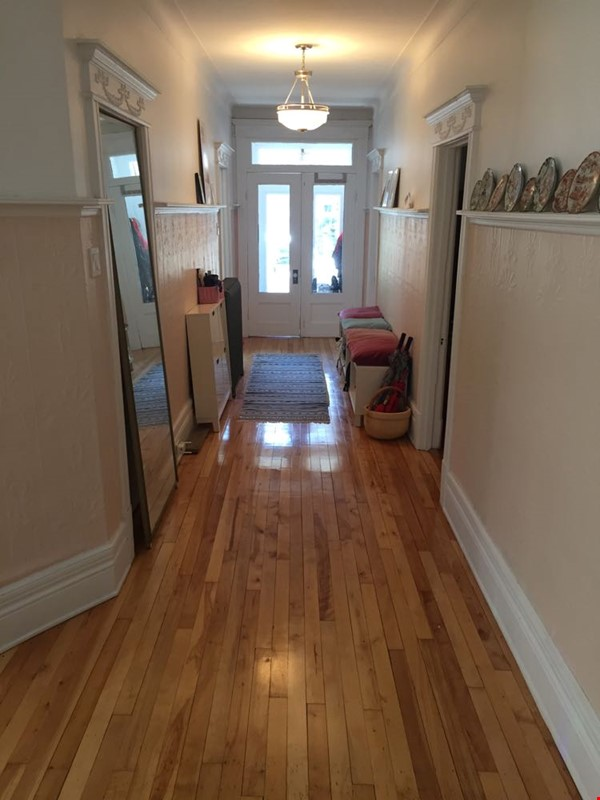 2 bedrooms in beautiful family home centrally located in Plateau Montreal Home Rental in Montreal 0 - thumbnail