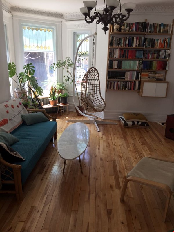 2 bedrooms in beautiful family home centrally located in Plateau Montreal Home Rental in Montreal 2 - thumbnail