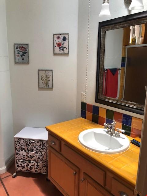 Roomy 2 bedroom 2 bath with beautiful garden. Home Rental in Tucson 8 - thumbnail