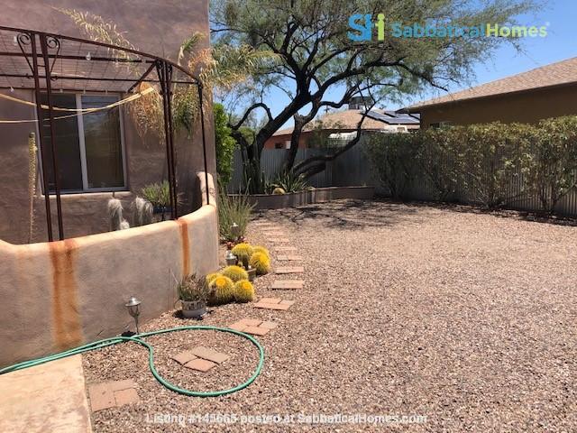 Roomy 2 bedroom 2 bath with beautiful garden. Home Rental in Tucson, Arizona, United States 3