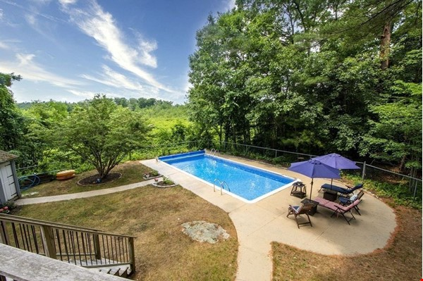 Looking for spacious retreat near forest, sea and Boston universities? Home Rental in Cohasset 0 - thumbnail