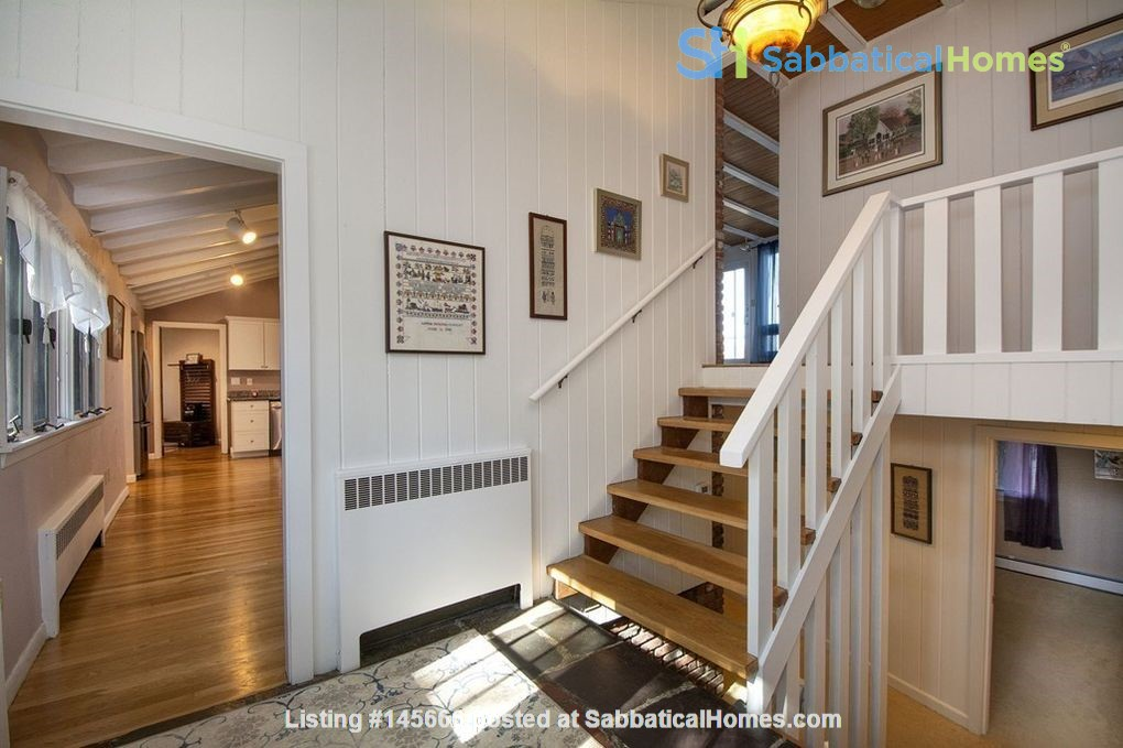 Looking for spacious retreat near forest, sea and Boston universities? Home Rental in Cohasset 3