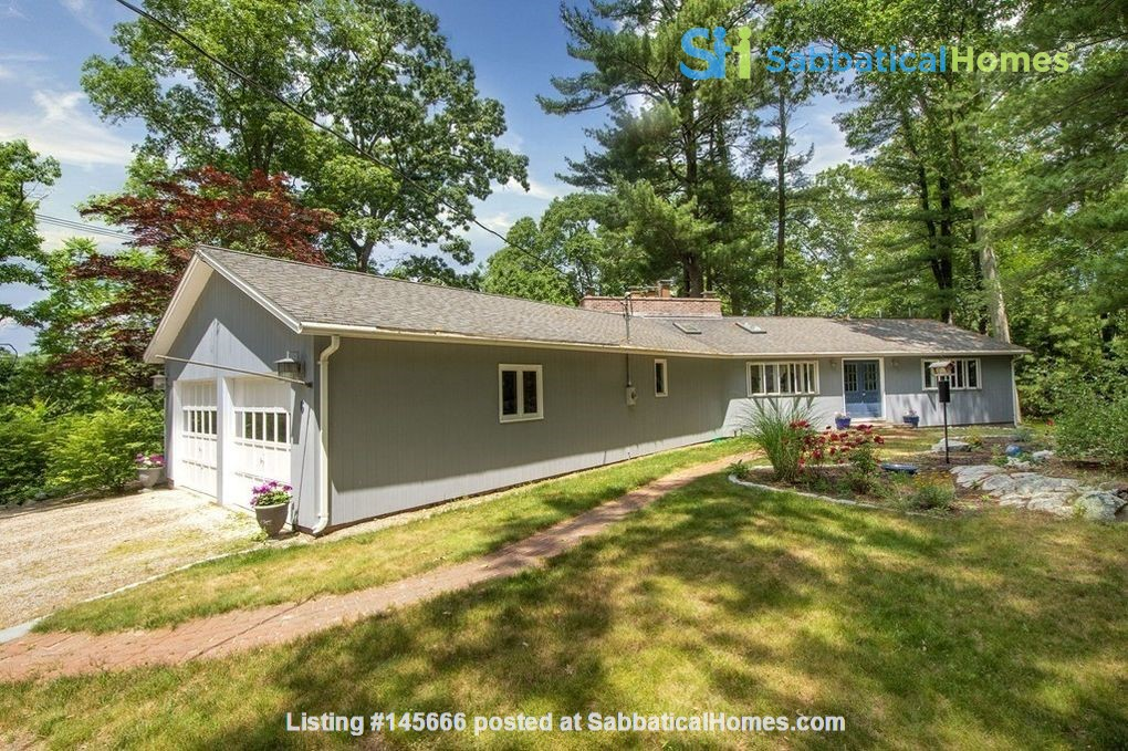 Looking for spacious retreat near forest, sea and Boston universities? Home Rental in Cohasset 1