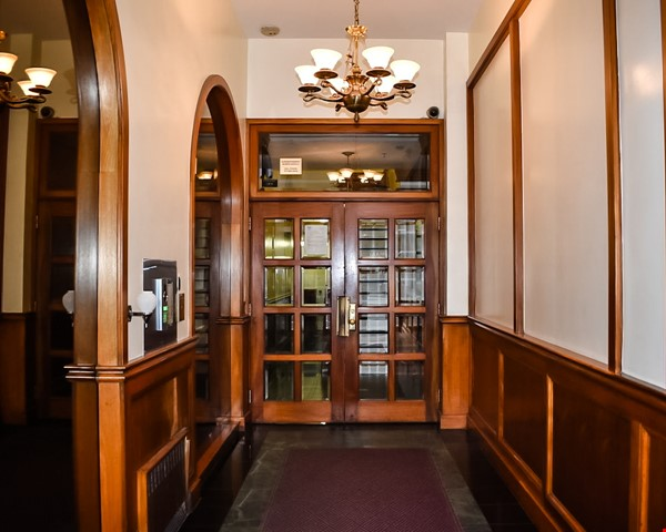 72nd & Columbus - Studio Great Location in Upper West Side by Central Park Home Rental in New York 2 - thumbnail