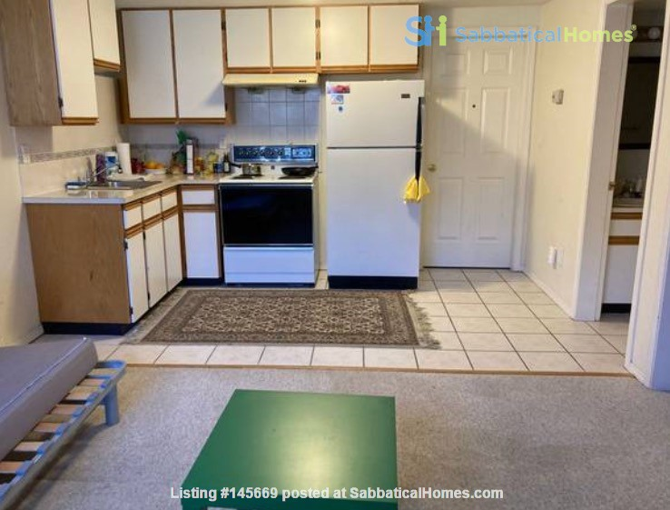 Furnished 1-bedroom home in desirable Main neighbourhood, Vancouver Home Rental in Vancouver, British Columbia, Canada 1