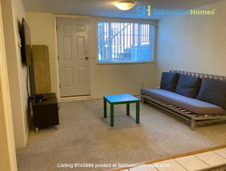 Furnished 1-bedroom home in desirable Main neighbourhood, Vancouver Home Rental in Vancouver, British Columbia, Canada 2