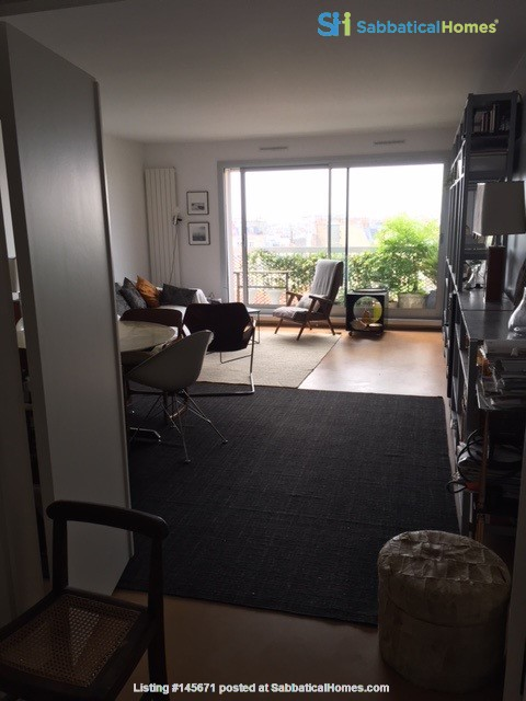 Very large, sunny and quite flat with an amazing view over Paris Home Rental in Paris, Île-de-France, France 2