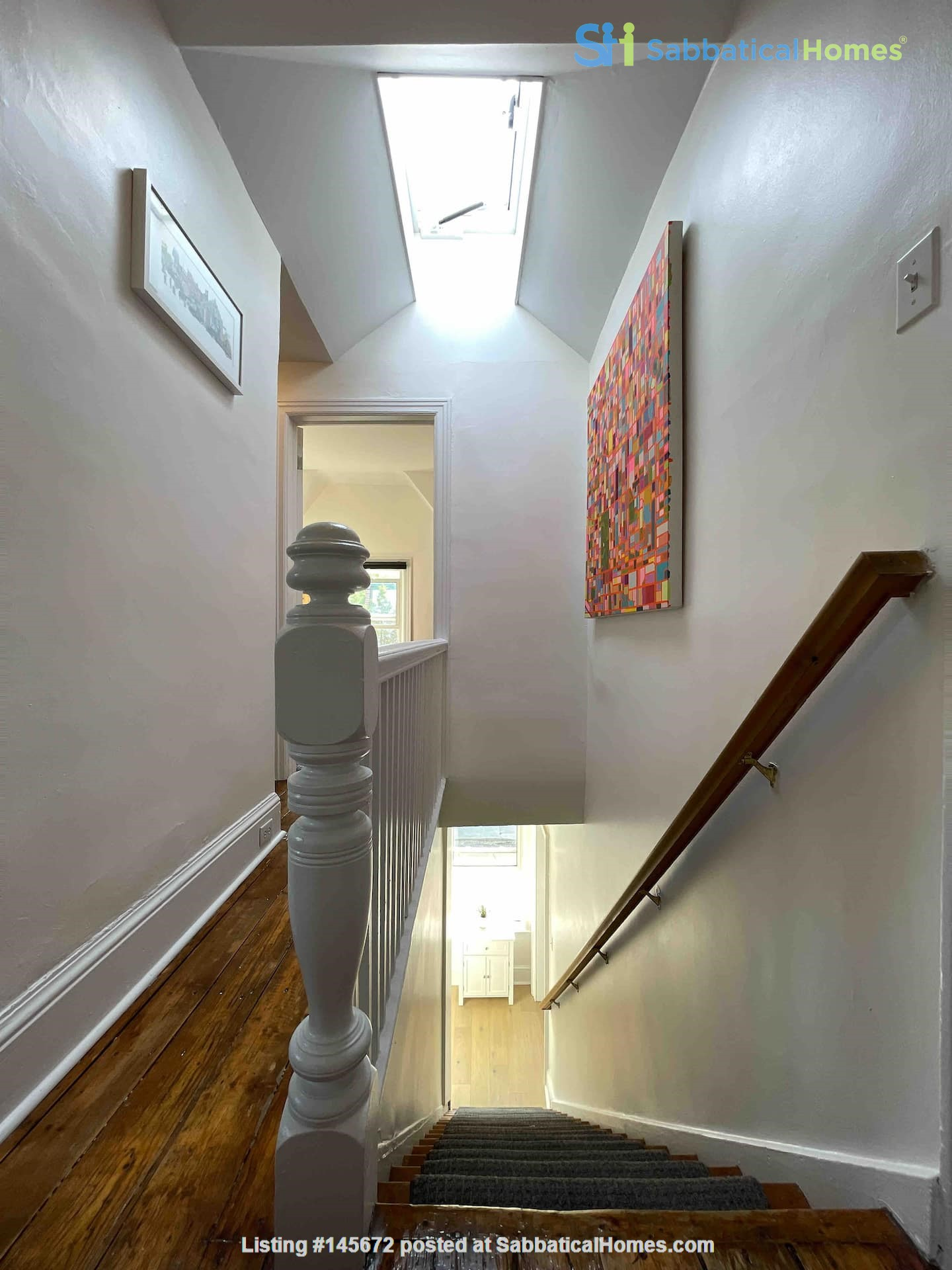 Bright. Spacious. Quiet 3bdrm. Steps to Queen West Home Rental in Toronto, Ontario, Canada 4