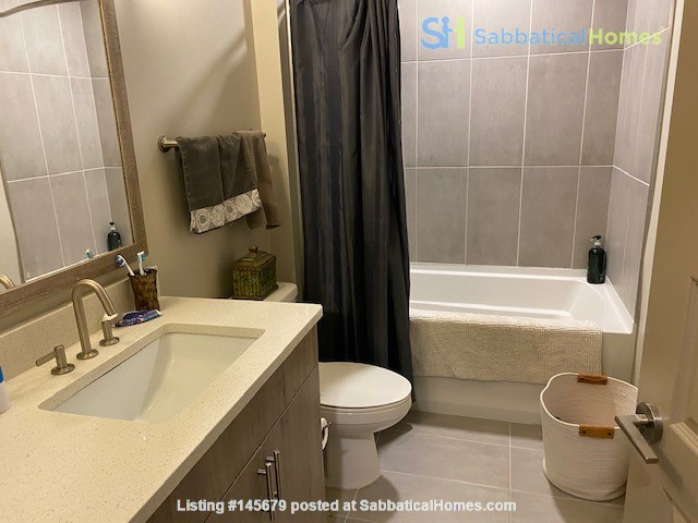 Downtown Nashville Unit-All you need to Bring -clothes and toothbrush Home Rental in Nashville, Tennessee, United States 1