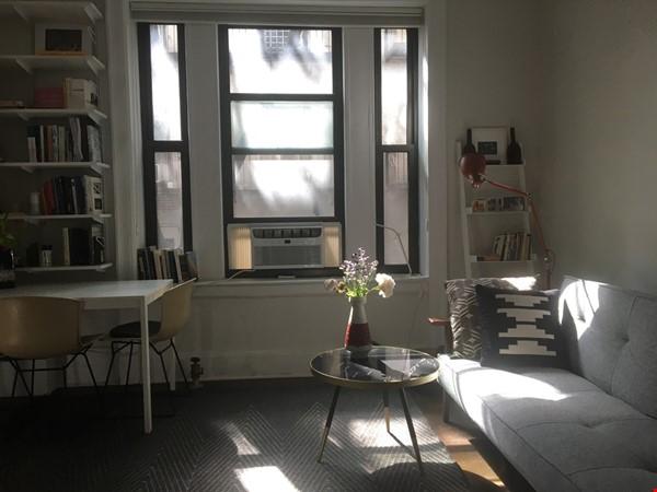 One bedroom sabbatical rental on UWS near Columbia Univ (09/21-06/22) Home Rental in New York 6 - thumbnail