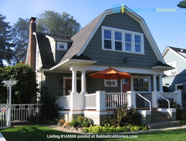 Beautifully updated home in West Seattle Home Rental in Seattle, Washington, United States 0
