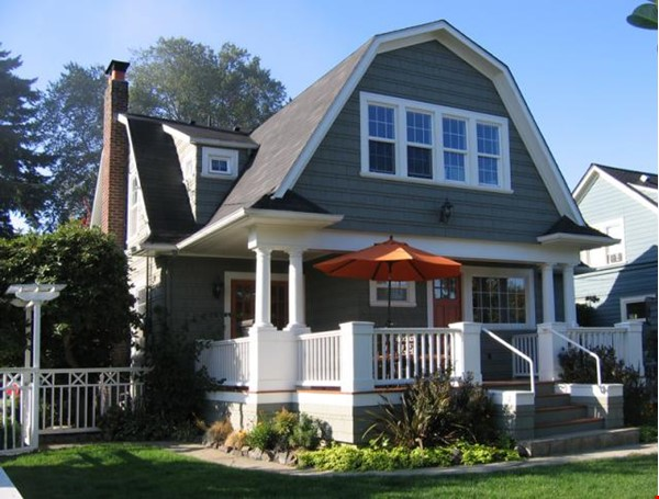 Beautifully updated home in West Seattle Home Rental in Seattle 0 - thumbnail