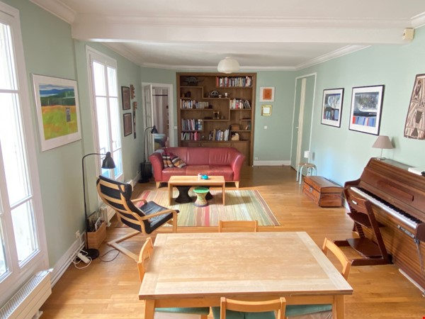 Live above the Catacombs: light-filled, top-floor apartment in Paris 14th Home Rental in Paris 3 - thumbnail