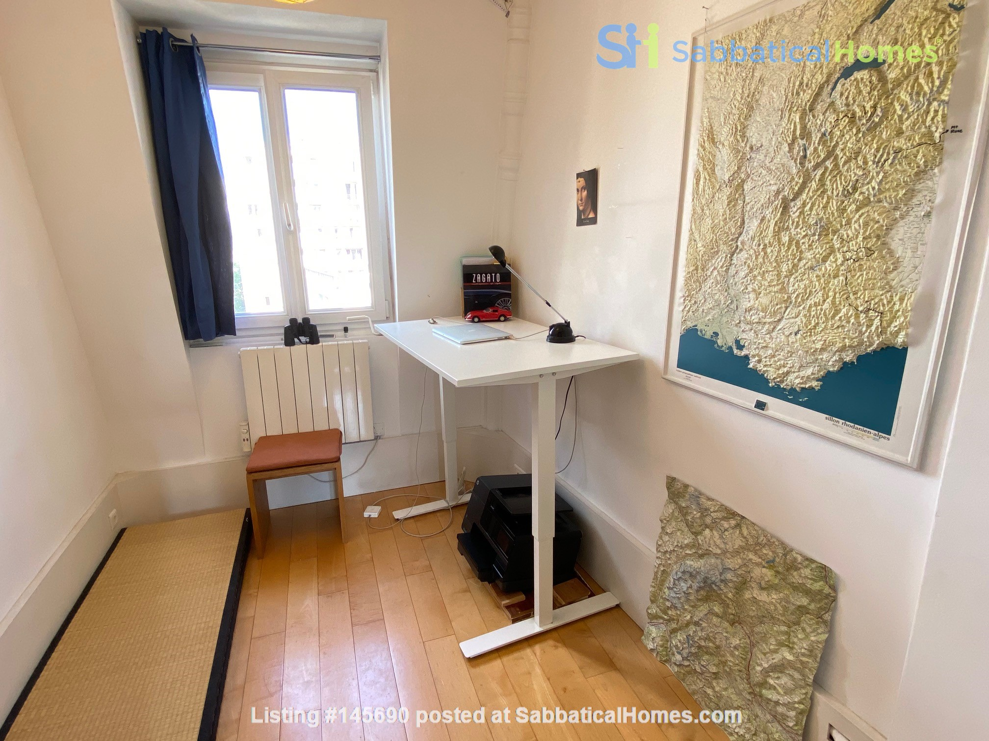 Live above the Catacombs: light-filled, top-floor apartment in Paris 14th Home Rental in Paris, Île-de-France, France 9
