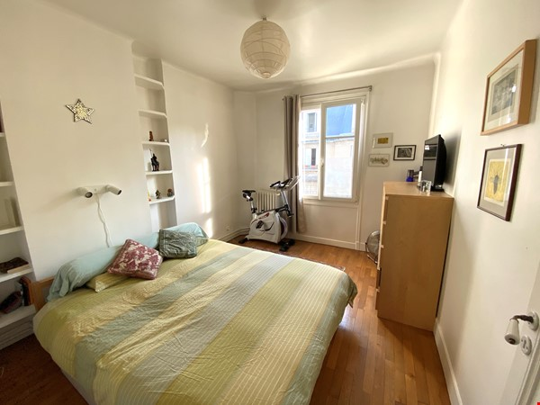 Live above the Catacombs: light-filled, top-floor apartment in Paris 14th Home Rental in Paris 5 - thumbnail