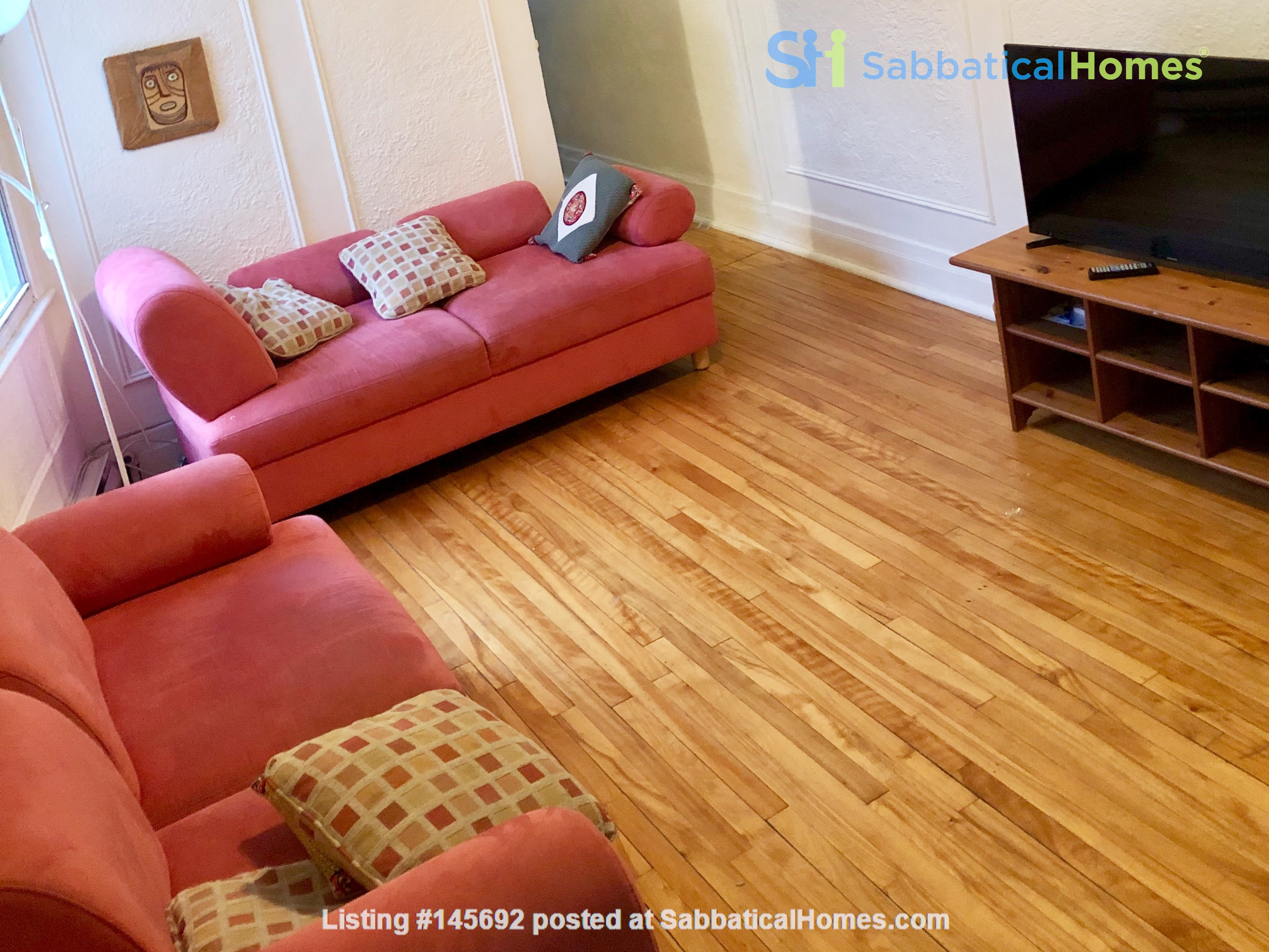 6 1/2 apartment with roof terrace in the heart of the Plateau Mont-Royal Home Rental in Montréal, Québec, Canada 7