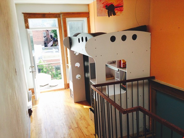 6 1/2 apartment with roof terrace in the heart of the Plateau Mont-Royal Home Rental in Montréal 6 - thumbnail
