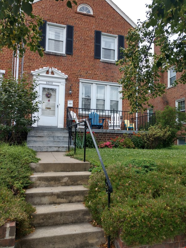 Great Family Home in DC for 2nd Semester Home Rental in Washington 1 - thumbnail