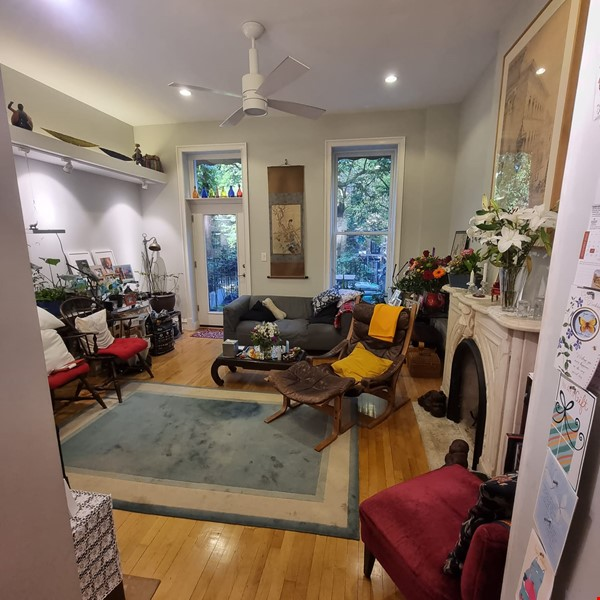 Recently renovated  casually comfortable brownstone Home Rental in  5 - thumbnail