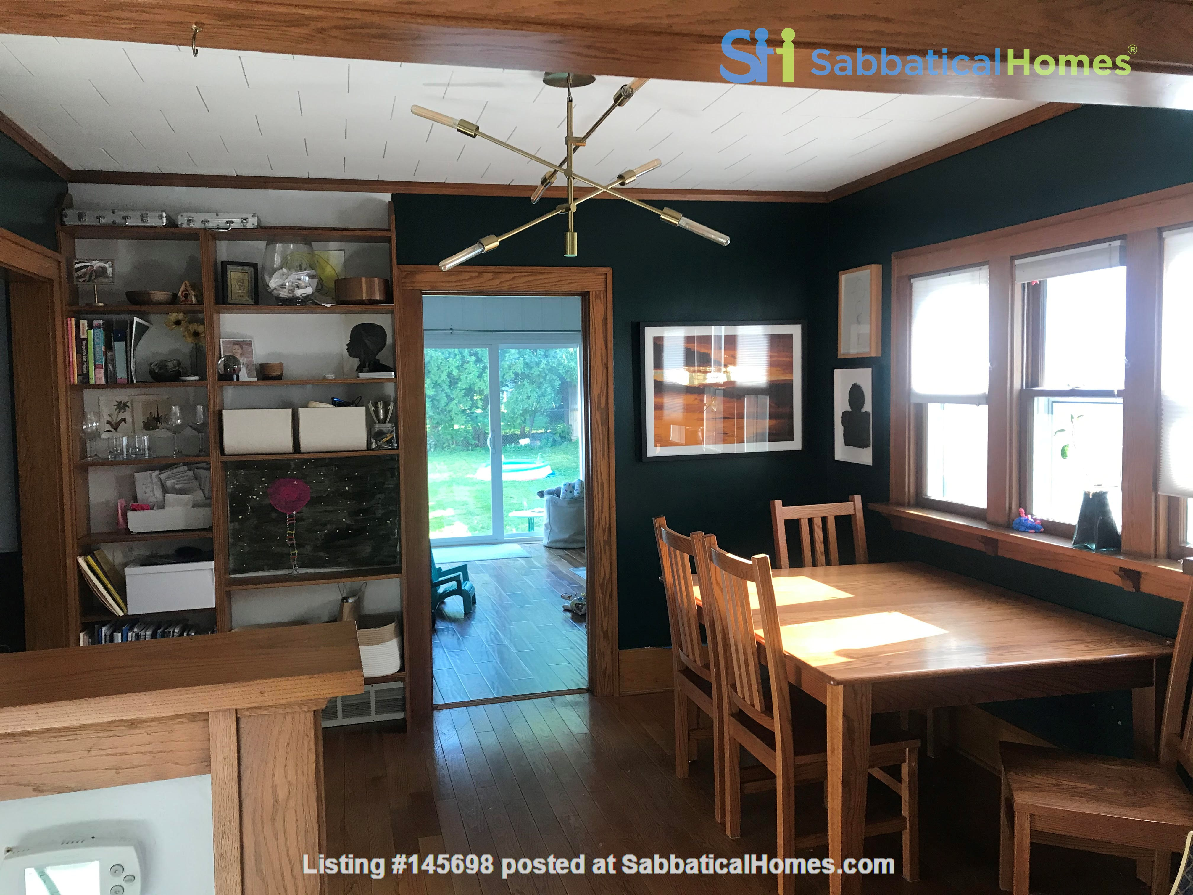 Adorable family home for rent for the 21-22 school year! Home Rental in Des Moines, Iowa, United States 2