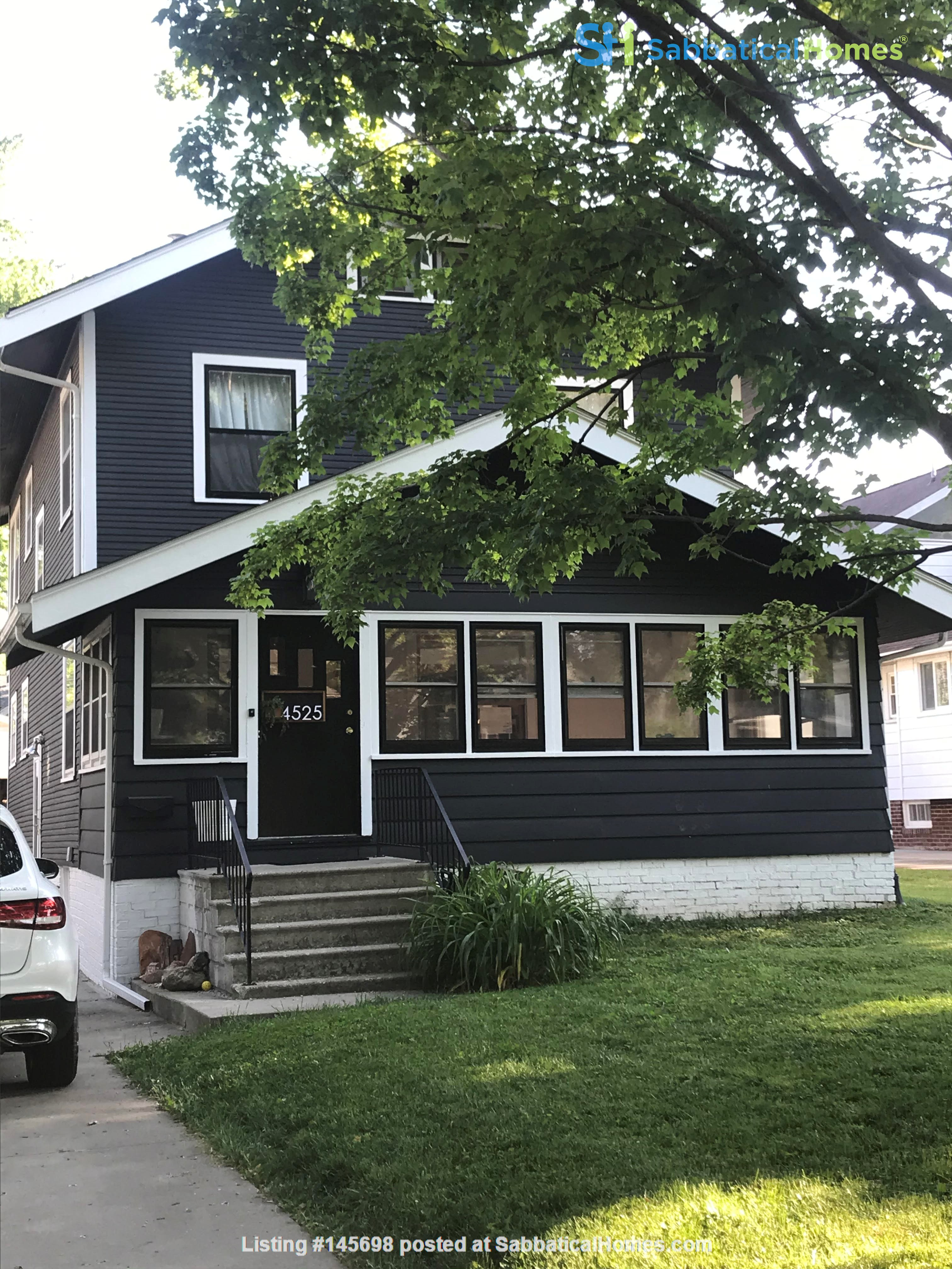 Adorable family home for rent for the 21-22 school year! Home Rental in Des Moines, Iowa, United States 0