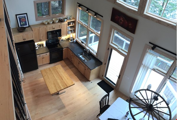 Airy, Modern, Lakefront w/Large Deck, Sunset views Home Rental in Williamsburg 1 - thumbnail