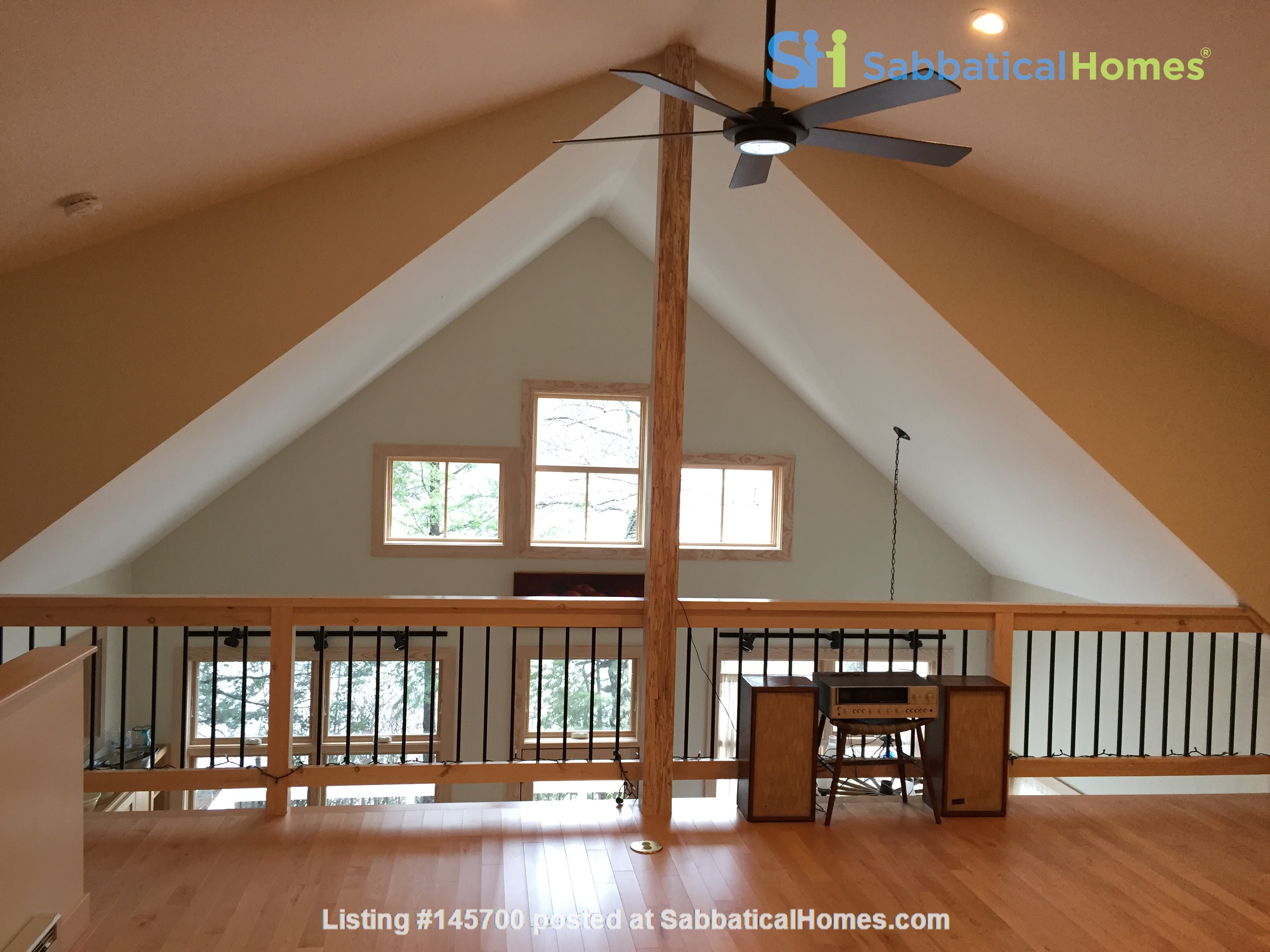 Airy, Modern, Lakefront w/Large Deck, Sunset views Home Rental in Williamsburg, Massachusetts, United States 7