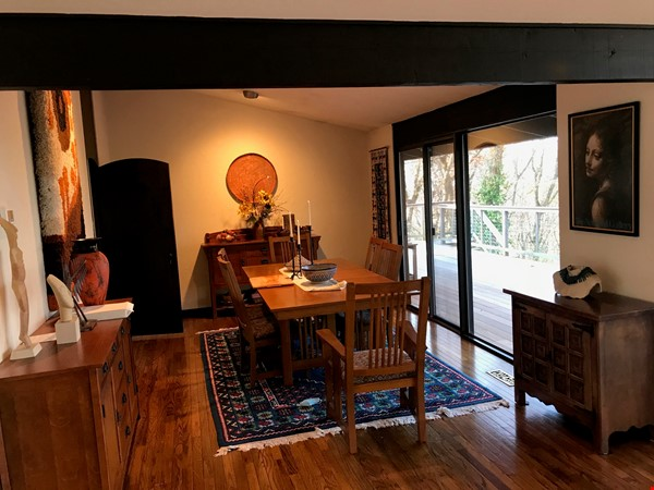 Dramatic California Contemporary set in woods adjacent to Valley Forge Park Home Rental in Phoenixville 8 - thumbnail