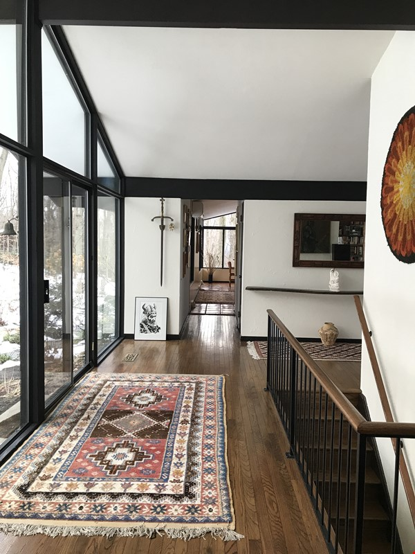 Dramatic California Contemporary set in woods adjacent to Valley Forge Park Home Rental in Phoenixville 6 - thumbnail