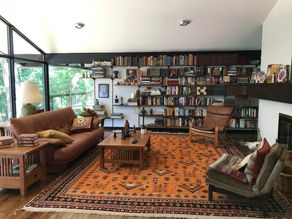 Dramatic California Contemporary set in woods adjacent to Valley Forge Park Home Rental in Phoenixville 2 - thumbnail