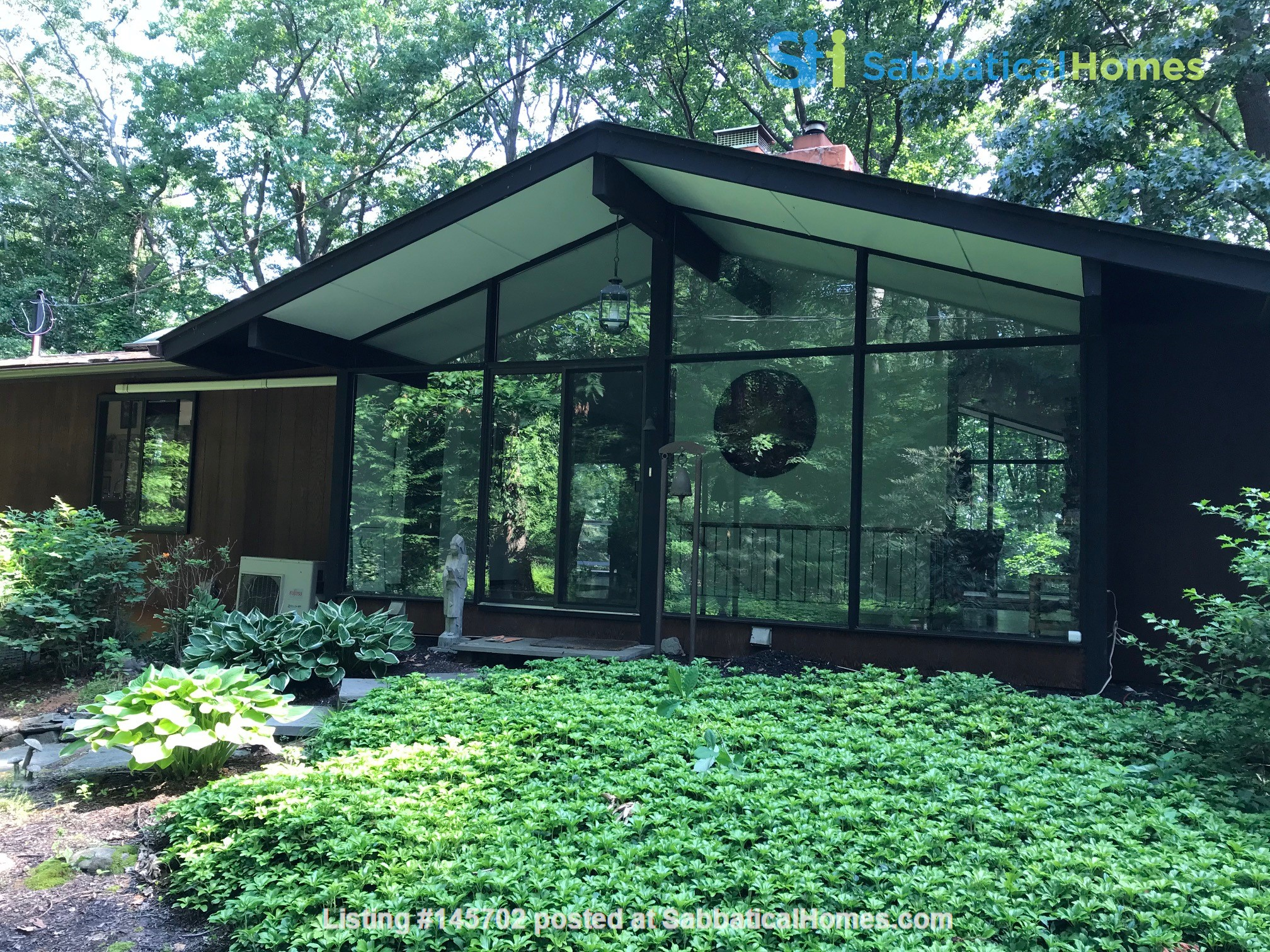 Dramatic California Contemporary set in woods adjacent to Valley Forge Park Home Rental in Phoenixville, Pennsylvania, United States 0